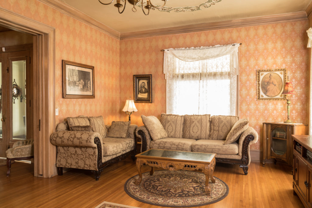 Our Wisconsin Bed and Breakfast offers the warm, homey ambience that makes for a perfect romantic getaway.